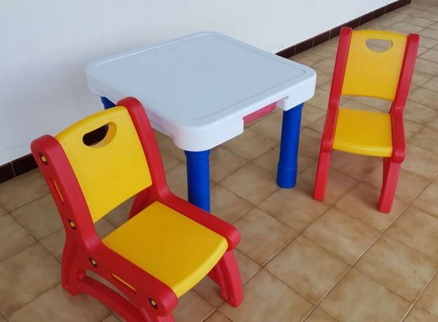 a-vendre-table-et-chaise-enfant-big-0