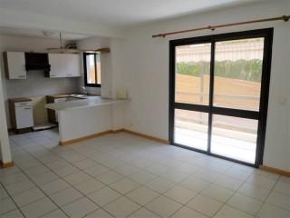 Vente Appartement F3 à Ouémo