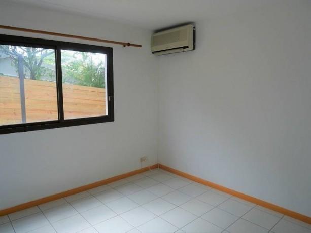 vente-appartement-f3-a-ouemo-big-4