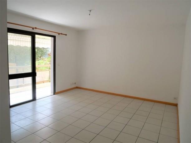 vente-appartement-f3-a-ouemo-big-3