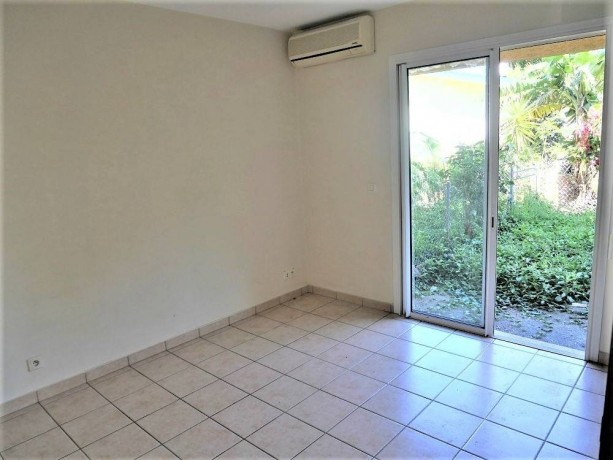 vente-appartement-f2-au-vallon-dore-big-0