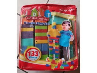 Jun Da Long Toys 133 pièces