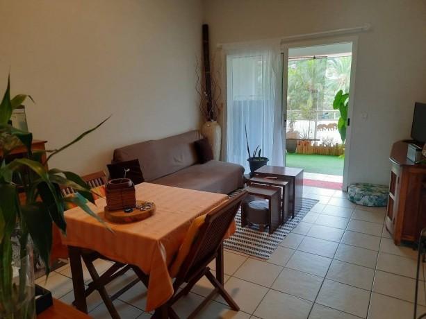 location-appartement-f2-au-6eme-km-big-1