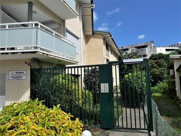 location-appartement-f2-au-6eme-km-big-0
