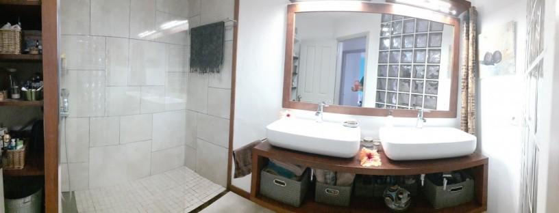 appartement-f3-entre-la-bdc-et-la-baie-de-lanse-vata-en-bord-de-mer-big-1