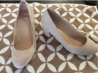 Chaussures petites taille